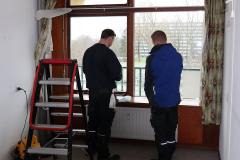 installing-landvac-vacuum-glass